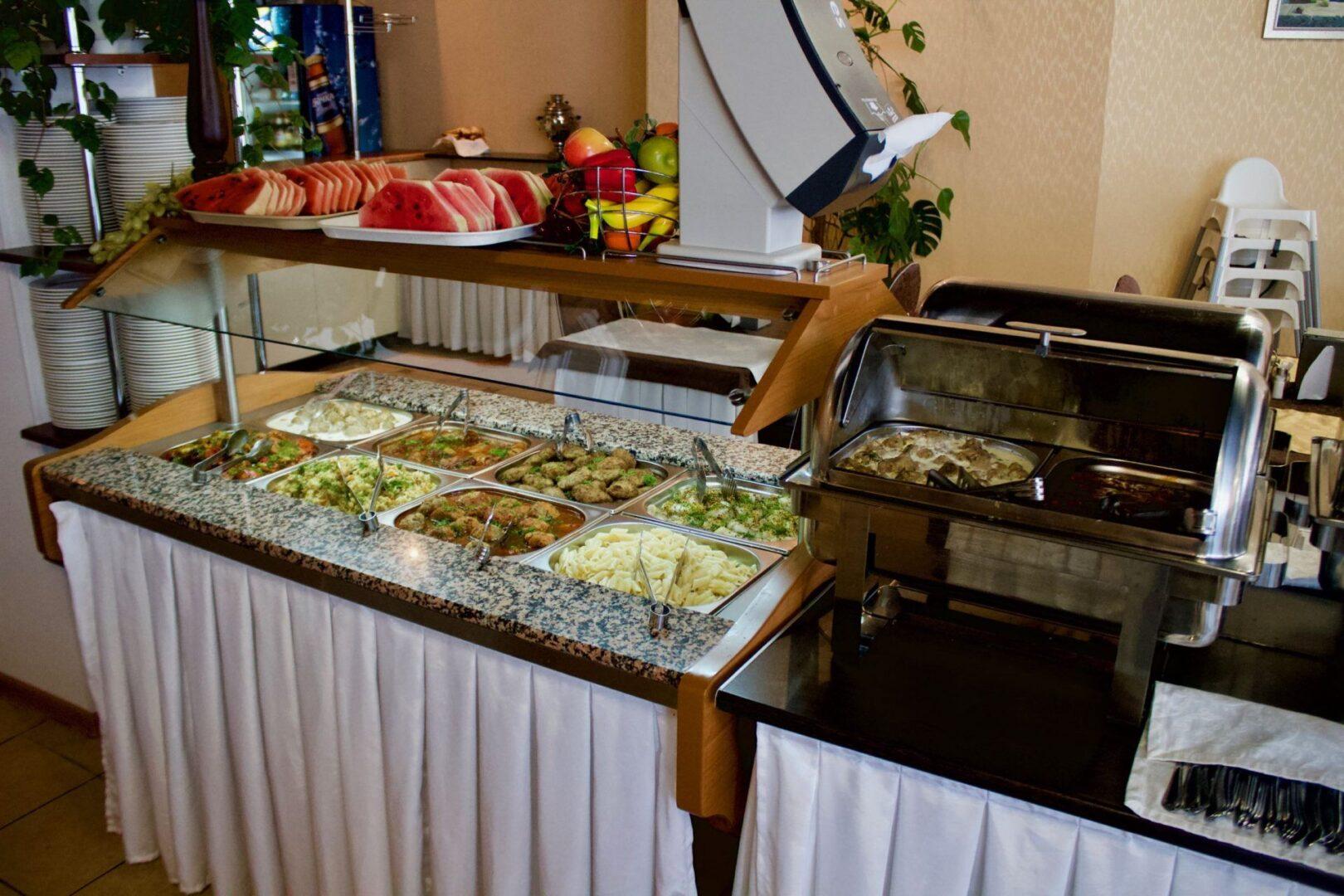Пансионат «Радуга»: ресторан «шведский стол»